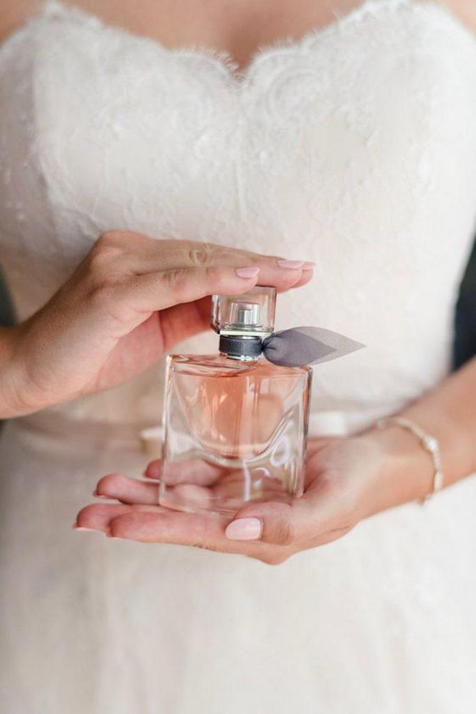PERFUMES EMPOLVADOS PARA NOVIAS perfumes-novia-683x1024