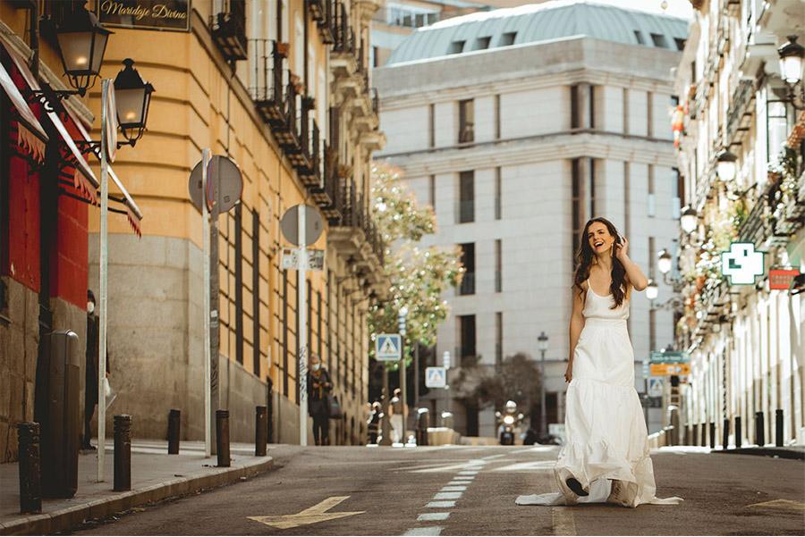 BE BEBA'S PRESENTA SU NUEVA COLECCIÓN BEYOND vestido-novia-bebas