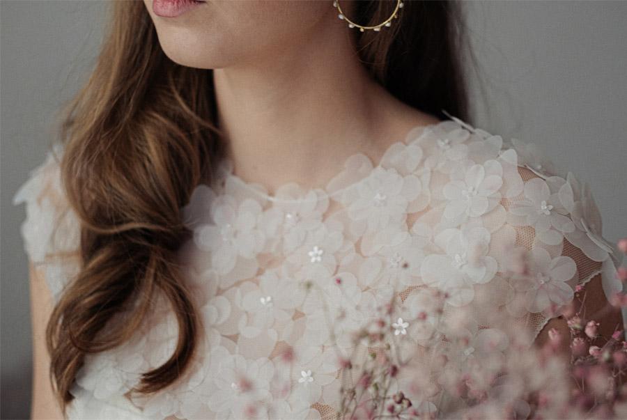 THE NEW BRIDE, NUEVA COLECCIÓN DE NOVIA DE ÁNGELA PEDREGAL detalle-vestido-angela-pedregal