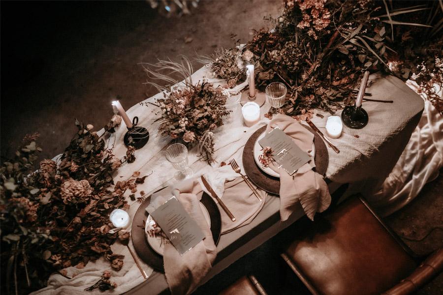 AYER mesa-boda