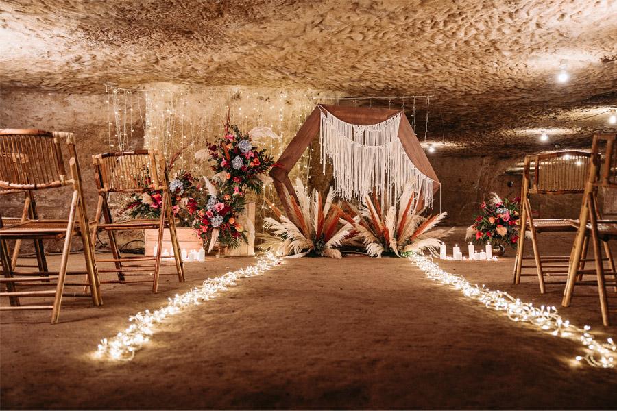 OMNIA VINCIT AMOR, EL AMOR TODO LO PUEDE decoracion-ceremonia