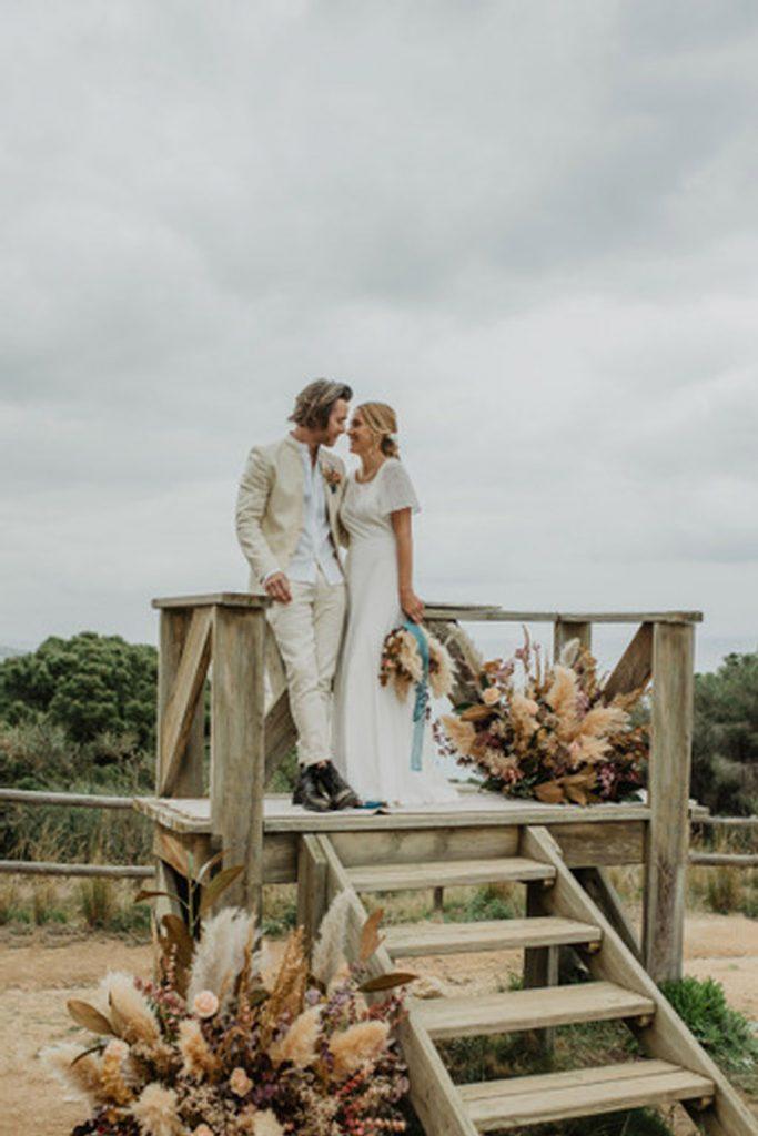 SALACIA, UNA SLOW WEDDING EN LA COSTA MEDITERRÁNEA editorial-boda-playa-683x1024