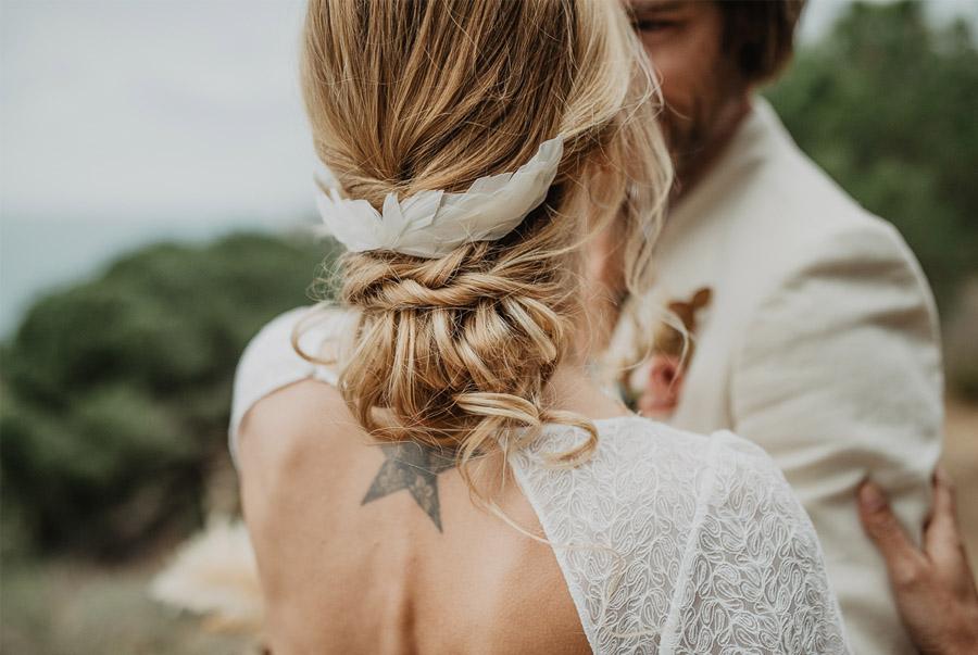 SALACIA, UNA SLOW WEDDING EN LA COSTA MEDITERRÁNEA tocado-novia