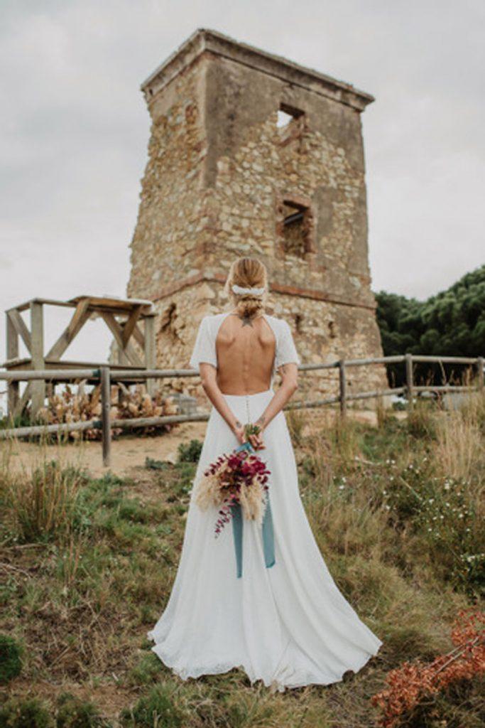 SALACIA, UNA SLOW WEDDING EN LA COSTA MEDITERRÁNEA vestido-novia-1-683x1024