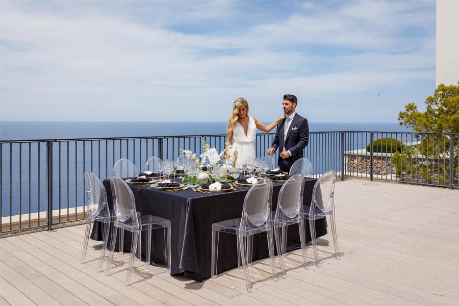 MARTINA Y ÁLVARO: GLAMOUR EN MALLORCA banquete-boda-chic