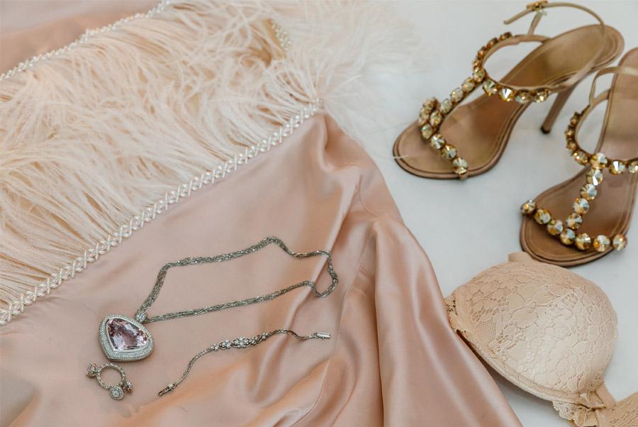 MARTINA Y ÁLVARO: GLAMOUR EN MALLORCA estilismo-novia