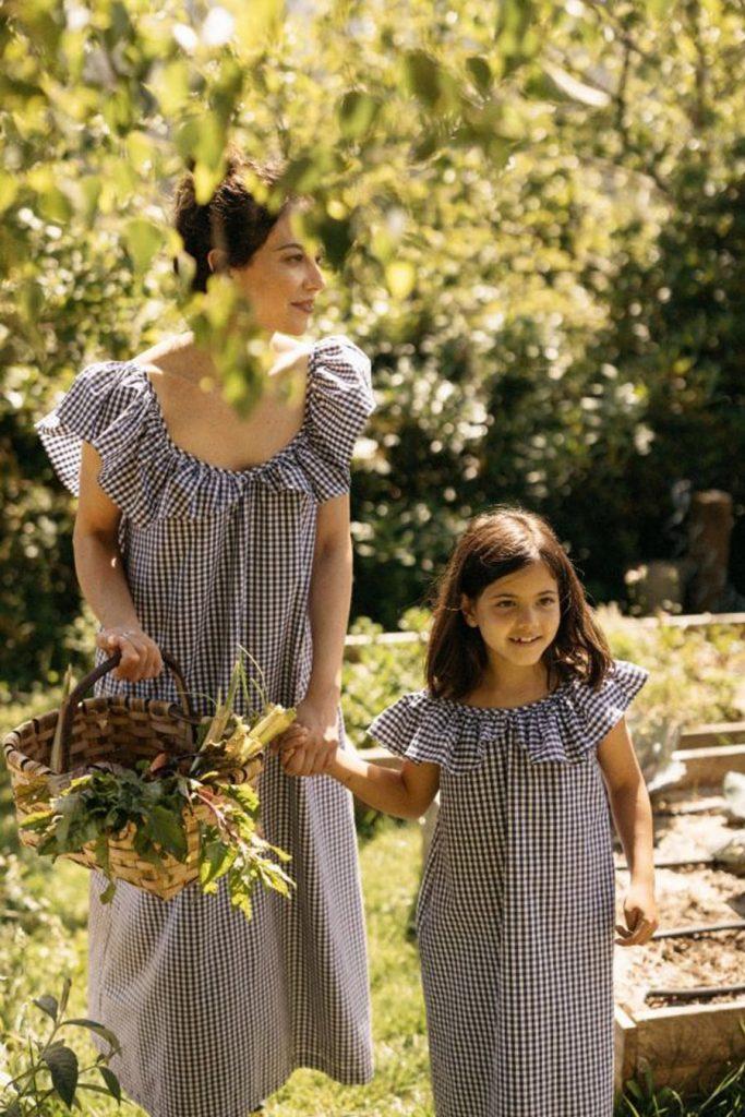 PETIT BOÜRET madre-hija-petit-bouret-683x1024