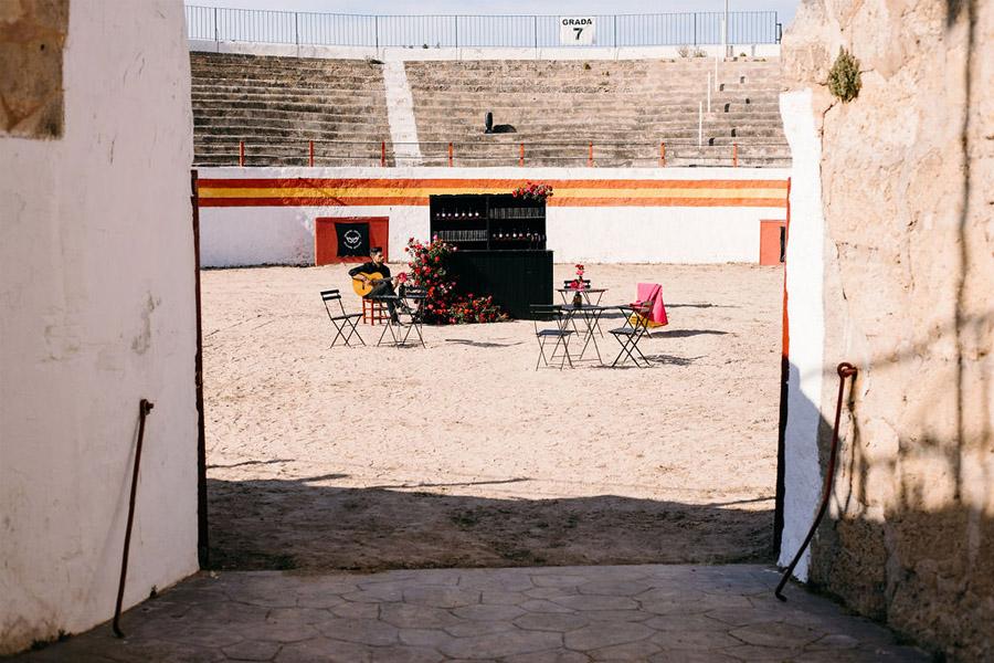 PODERÍO, EL ARTE DE UNA BODA EN EL SUR plaza-toros-deco-boda