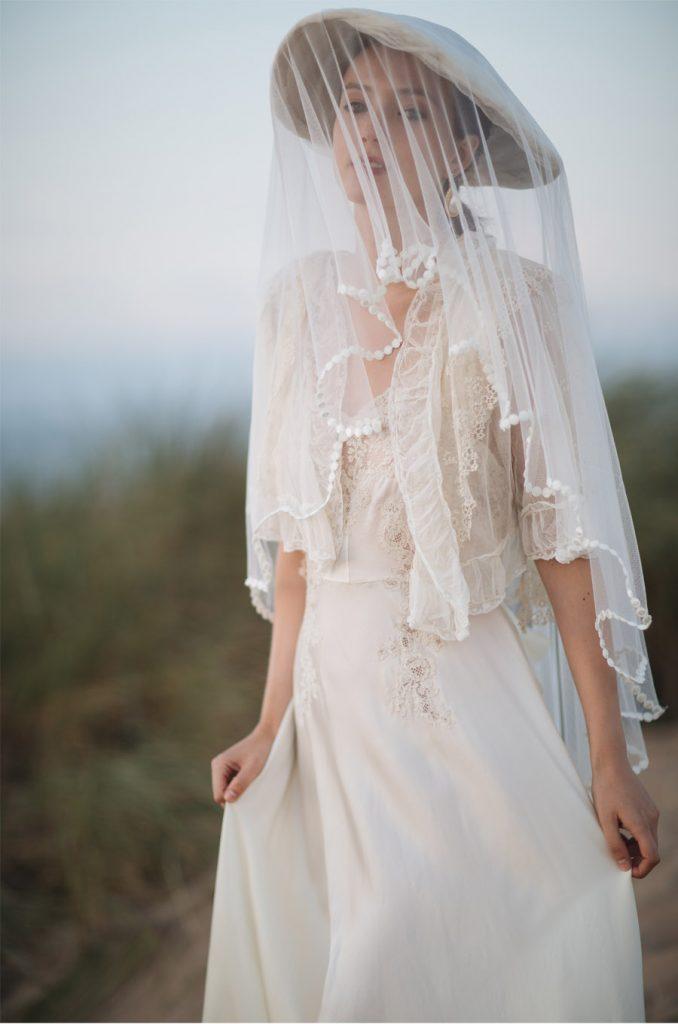 INSPIRACIÓN BRIDAL: EL VESTIDO LENCERO novia-larca-678x1024