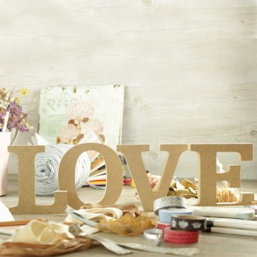 Letras Love madera natural