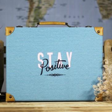 Maleta Stay Positive