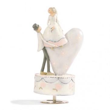 Novios tarta boda