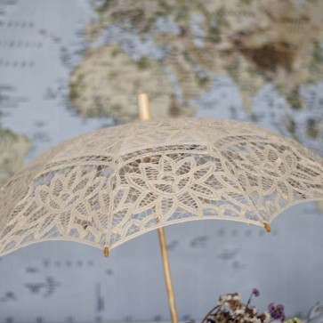 Parasol de novia color marfil