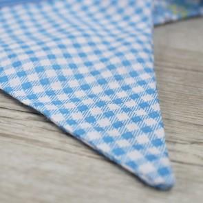 Guirnalda de tela azul