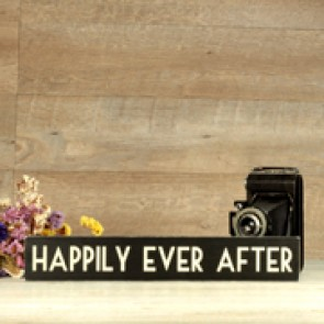 Cartel de madera Happily Ever After