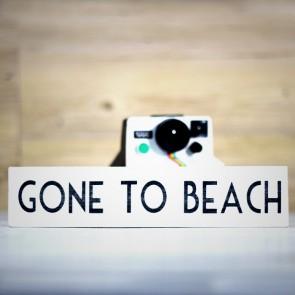 Cartel de madera Gone to the Beach