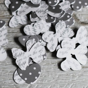 Confetti corazones y mariposas