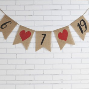 Guirnaldas con fecha de boda