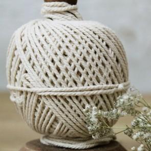 Conjunto de cuerda y tijeras