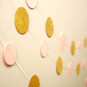 Guirnalda de círculos de papel