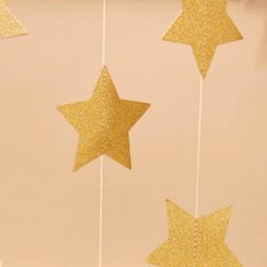 Guirnalda de estrellas de papel doradas