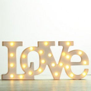 Letras love luminosas