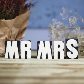 Letras Mr Mrs negras