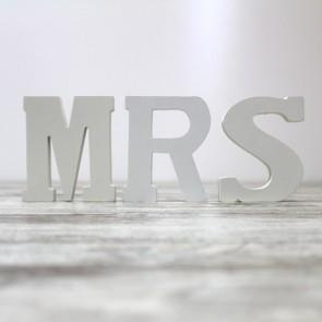 Letras Mr & Mrs en madera blanca