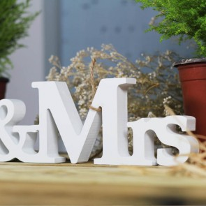 Letras Mr Mrs