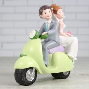 Muñecos novios en Vespa