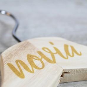 Percha caligrafiada novia