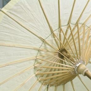 Sombrillas para bodas beige